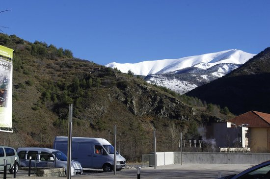 Train des Merveilles: Another view of snow covered mountain
