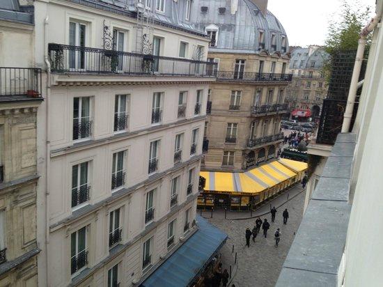 Hotel du Mont Blanc: вид итз окна номера