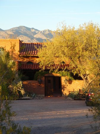 Desert Trails Bed and Breakfast : Desert Trails B&B exterior