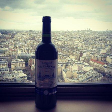 Hyatt Regency Paris Étoile: Вид из номера, 24 этаж.
