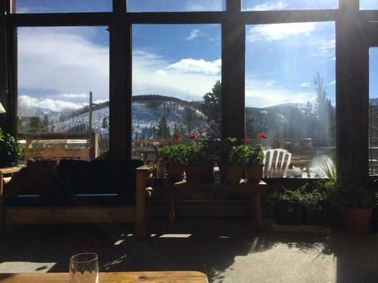 Woodspur Lodge: View from main lodge/dining area