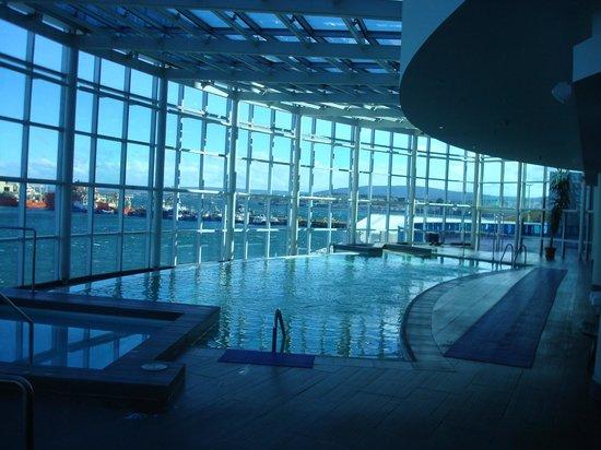 Hotel Dreams del Estrecho: Vista de piscina