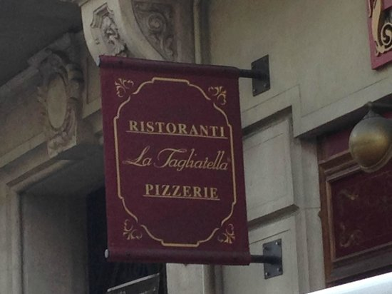 La Tagliatella: Вывеска