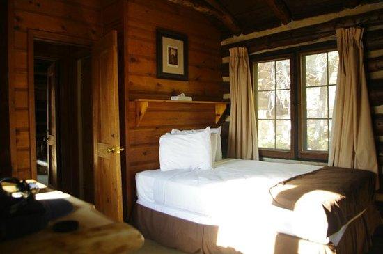 Grand Canyon Lodge - North Rim: Our Cabin, Main Room
