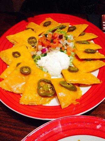 TGI Friday's: Cheese nachos