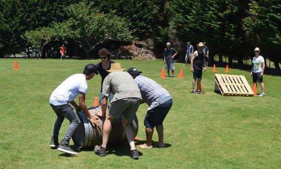 Ilha Waiheke, Nova Zelândia: Sonia takes her team to a win