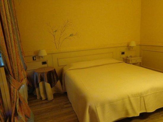 Hotel San Luca: Una stanza