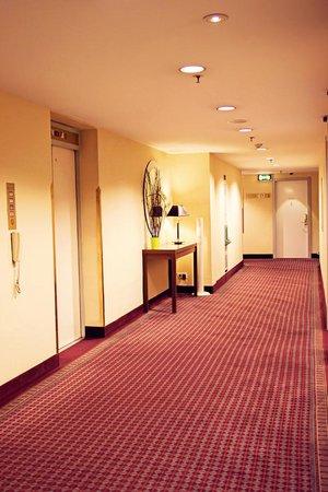 Hilton Innsbruck : 13th floor hallway
