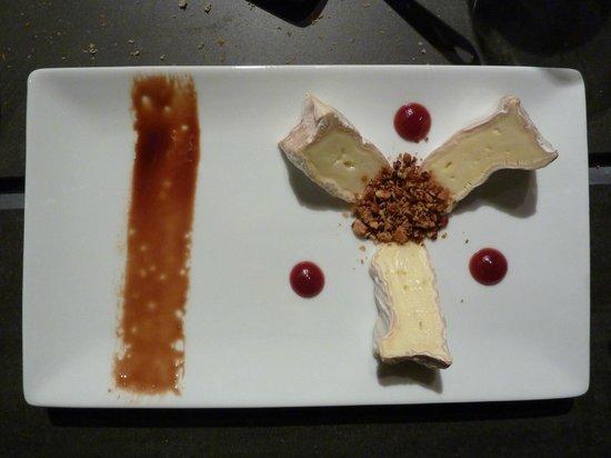 Restaurant Valentijn: Gemarineerde camembert