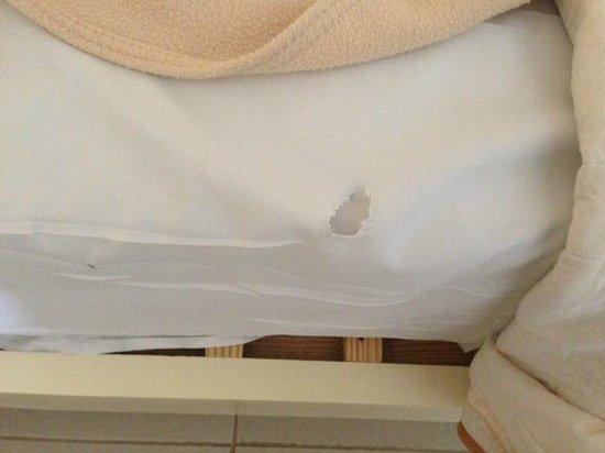 Luxury Bahia Principe Esmeralda Don Pablo Collection: вот такое постельное в отеле 5 звезд