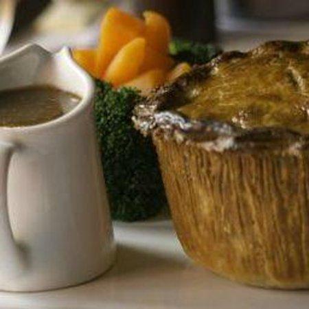 The Farmers Boy Pub and Restaurant: Gastro Steak & Ale Pie