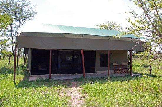 Ang'ata Camp Serengeti: Our tent at Ang'ata Serengeti