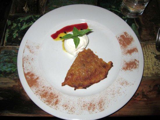 Ginger - Carib Asian Cuisine- : Crepe Dessert
