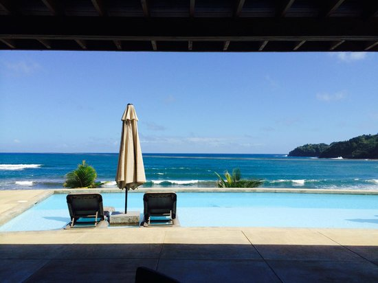 Pagua Bay House Oceanfront Cabanas: Lunch view
