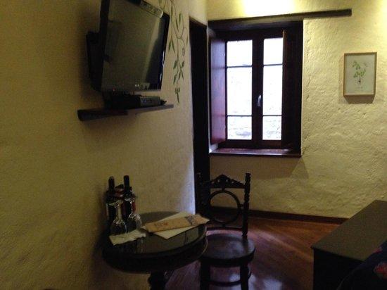 La Casona de la Ronda Heritage Boutique Hotel: View when entering the room