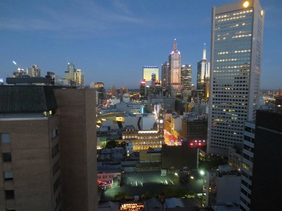 Adina Apartment Hotel Melbourne: View of Melbourne CBD from the Adina