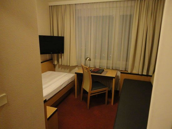 Hotel City: Room