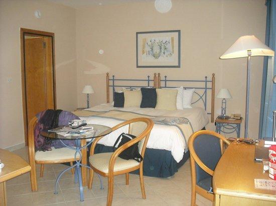 Marina Hotel Corinthia Beach Resort: Double Room