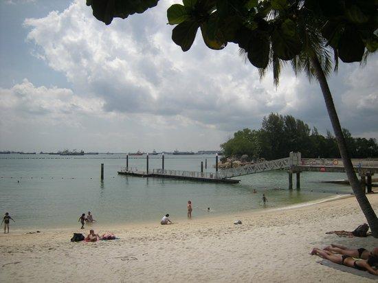 Kurry Korner : Siloso Beach