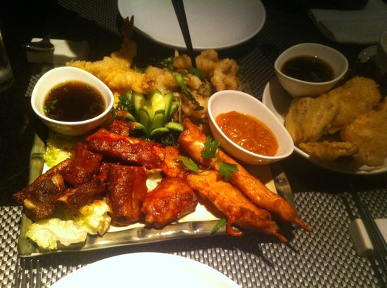 Gars Chinese Restaurant : Barbecue ribs, chicken satay, prawn tempura, salt and chilli squid, aubergine & sweet potato tem