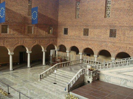 Ayuntamiento: The Nobel ballroom (the Blue room)