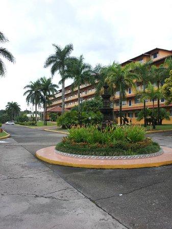 Melia Panama Canal: Frente do Hotel
