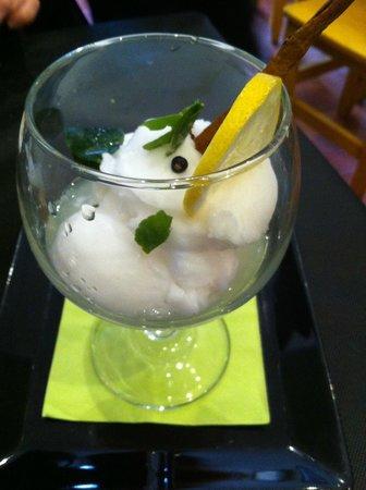 Refugio- Restaurante del Carmen : Le dessert: sorbet de gin tonic