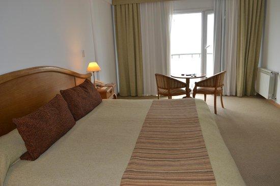 Hotel Piren: Habitación con su balcón