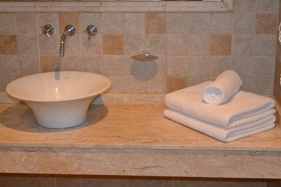Hotel Piren: Baño