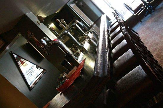 Danny Mac's Pub & Eatery : Bar