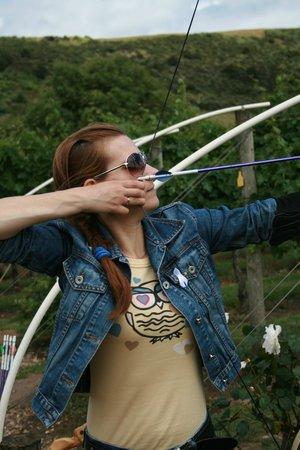 Ilha Waiheke, Nova Zelândia: Our instructor Kelly made the archery great fun, thanks Kelly.