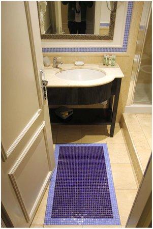 Il Principe Hotel: Ingresso del bagno