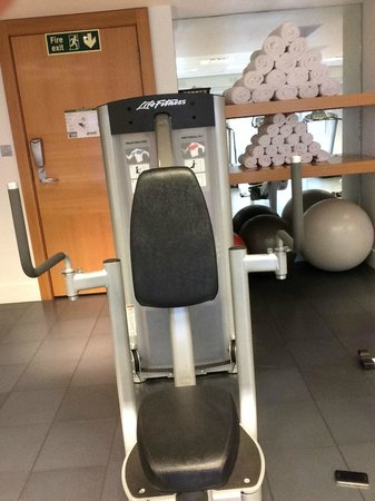 Park Plaza London Riverbank : strength equipment, back and chest (sweet machine!!)