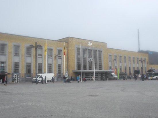 Station Brugge : Вокзал