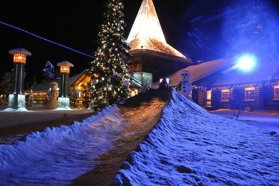 Santa Claus Holiday Village: Activités à l'hotel