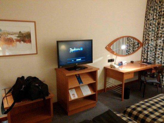Radisson Blu Centrum Hotel Warszawa: room tv