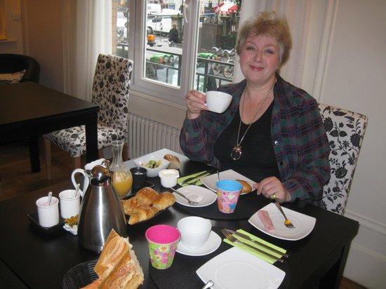 La Villa Paris : Breakfast