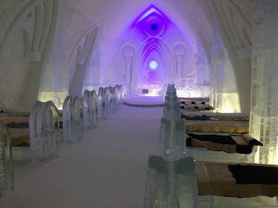 Hôtel de Glace : Beautiful Chapel