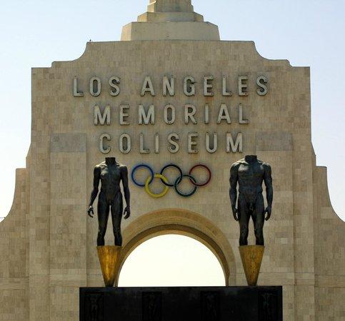 Holiday Inn Los Angeles International Airport: Los Angeles Memorial Coliseum