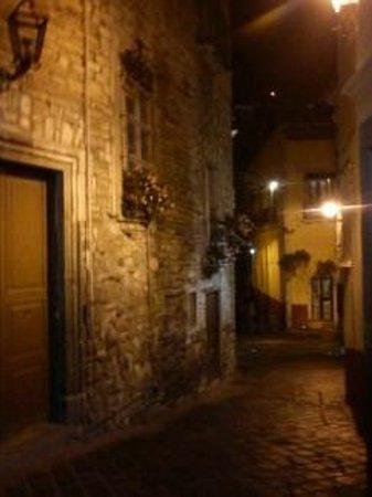 Hotel Balcon del Cielo: callejoncitos proximos al hotel