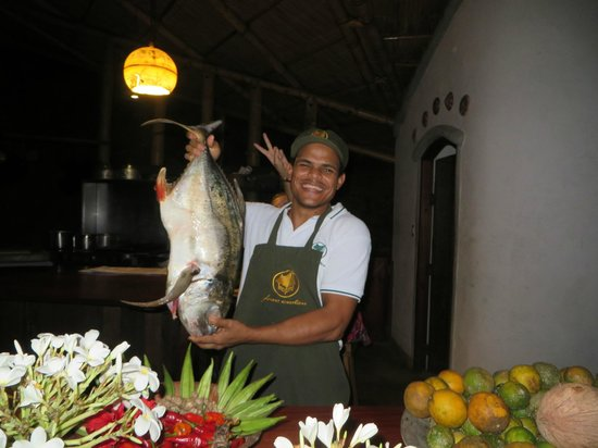 Finca Exotica Ecolodge: Coco and catch of the day