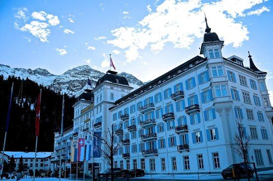 Kempinski Grand Hotel des Bains St. Moritz: Außenansicht