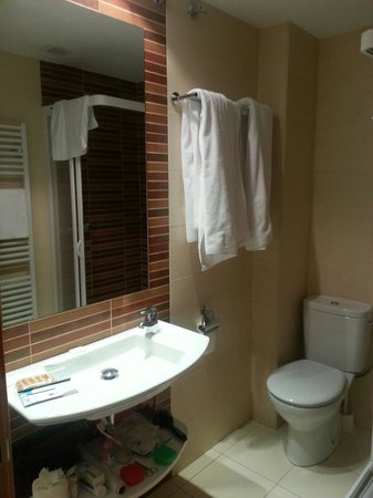 Hotel Aguas Limpias: Baño
