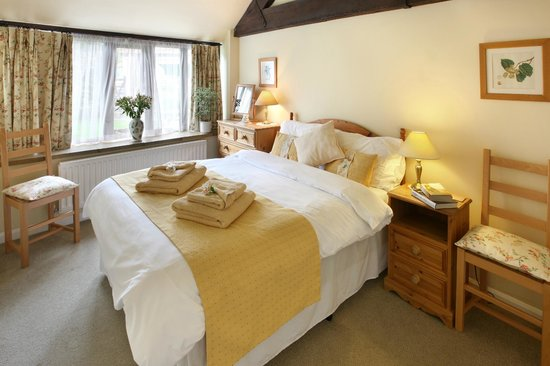 Church Farm Country Cottages: Stapeley Cottage Double Bedroom