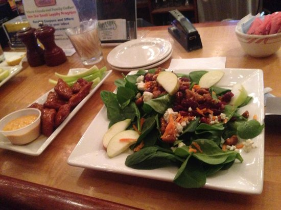 Johnson's Cafe : The spinach salad and the chicken nuggets