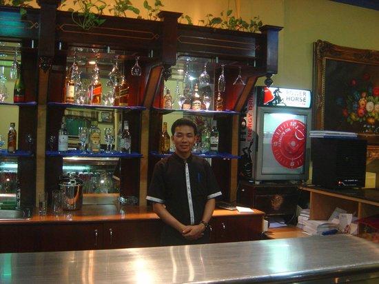 Concord International Hotel: bar