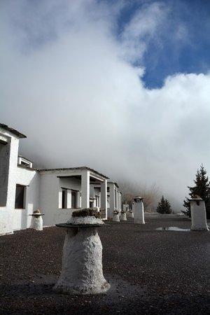 Alcazaba de Busquistar: Apartamentos y nubes