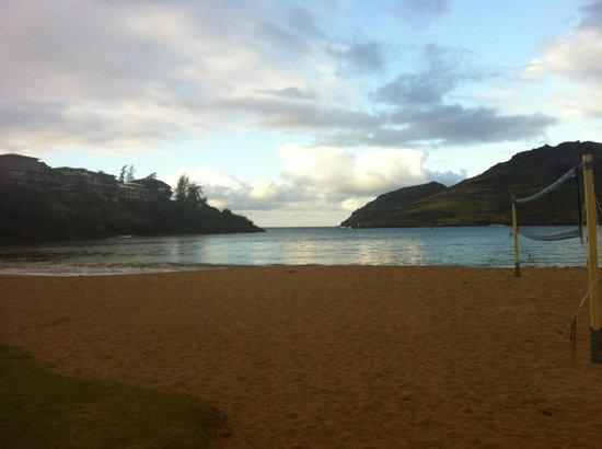 Kaua'i Marriott Resort : 7am walk on the beach