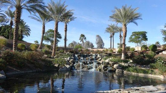 Hyatt Regency Indian Wells Resort & Spa: Water Feature