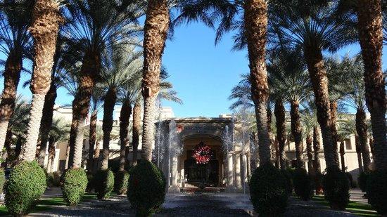 Hyatt Regency Indian Wells Resort & Spa: Main Entry